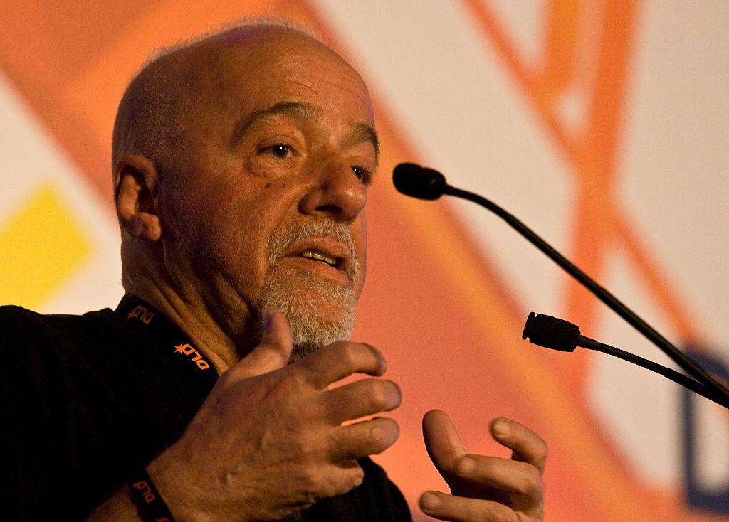 Autor nrkbeta, sursă Paulo Coelho, Wikipedia.