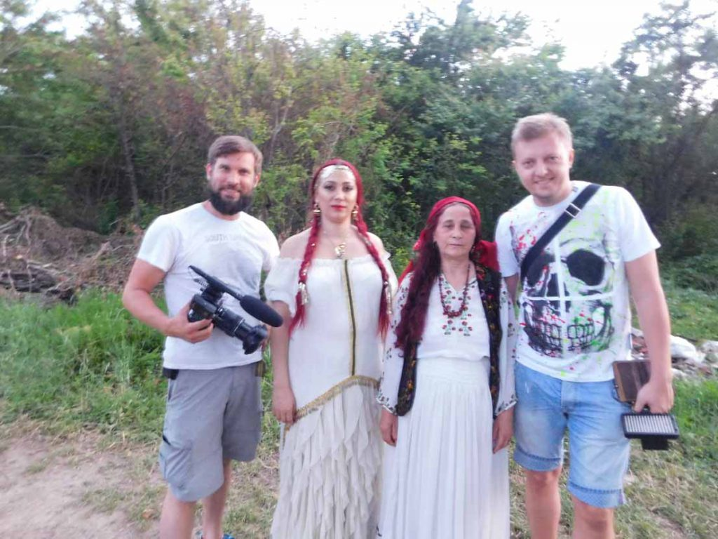 tamaduitoarea Danusia Florica, vrajitoarea Elena Minodora si jurnalistii rusi