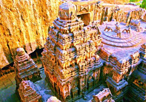 templul-enigmatic-kailasa-de-la-ellora1